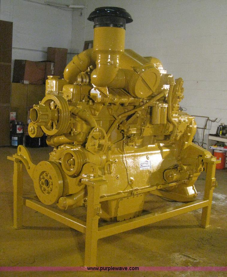 H6433.JPG - Re manufactured Caterpillar six cylinder diesel engine , Complete overhaul in 1999 , Bearings , Slee...