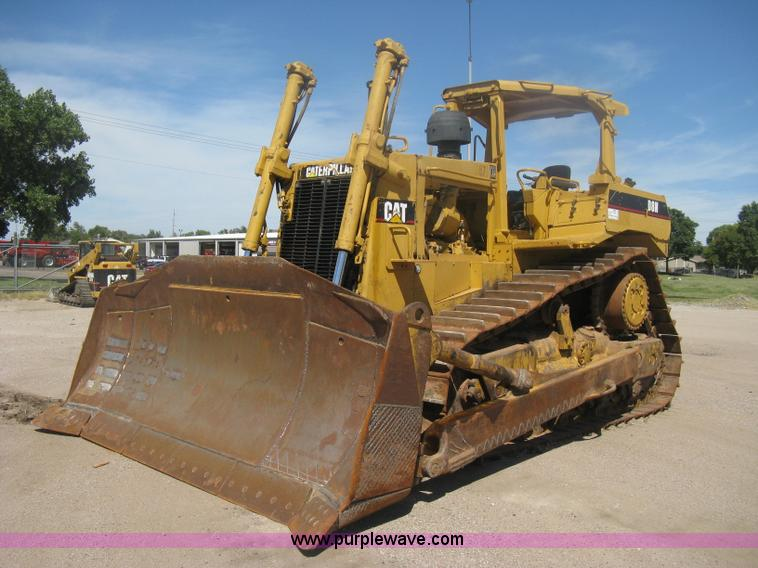 H6450.JPG - 1988 Caterpillar D8N dozer , 28,325 hours on meter , Caterpillar six cylinder diesel engine , Powers...