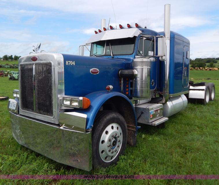G3393.JPG - 1987 Peterbilt 359 semi truck , 274,414 miles on odometer , Caterpillar 3406 14 6L L6 diesel engine ...