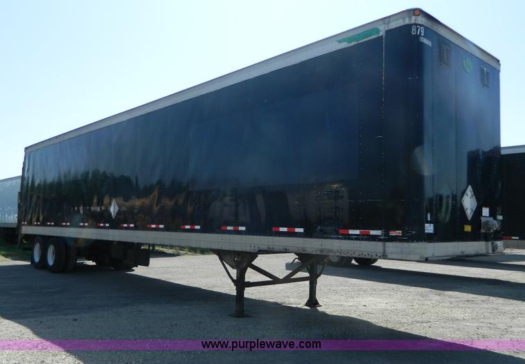 G7990.JPG - 2000 Great Dane 7411TP SA dry van trailer , 48L x 102 quot W , Maxon 5,000 lb lift , Lift batteries ...