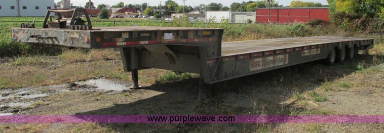 E5215.JPG - 2007 Ledwell LW53HT3 10 PB Hydratail lowboy triple axle trailer , 53L x 102 quot W , 10 upper deck ,...