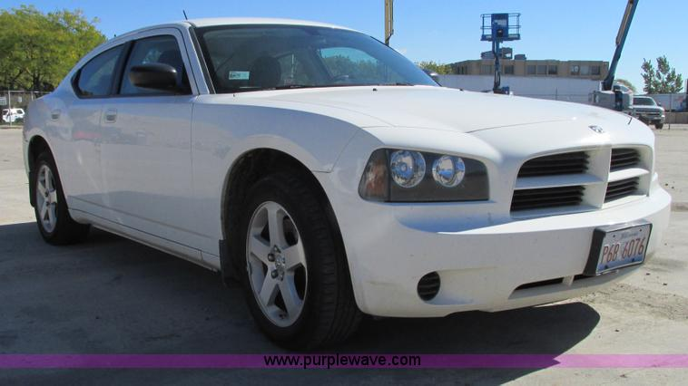 G9225.JPG - 2008 Dodge Charger SXT , 140,136 miles on odometer , 3 5L V6 SOHC 24V gas engine , Automatic transmi...