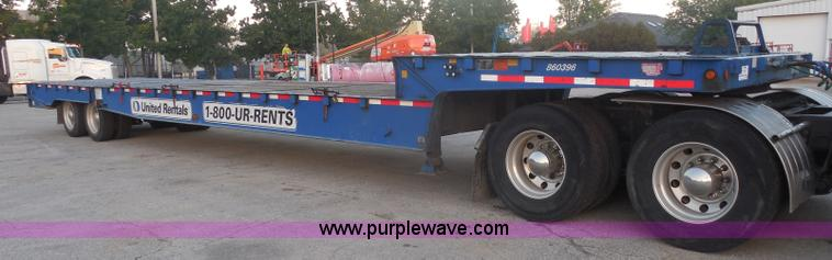 I1332.JPG - 2006 Trail King TK70HST 48 Advantage equipment trailer , 47 5 quot L x 102 quot W , 9L upper deck , ...