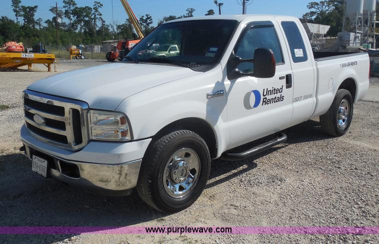 I1335.JPG - 2007 Ford F250 Super Duty XLT SuperCab pickup truck , 184,582 miles on odometer , 5 4L V8 EFI gas en...