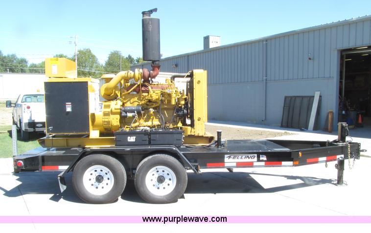 E4507.JPG - Caterpillar SR4 188 KVA portable generator , 907 hours on meter , Arrangement No 4W8964 , Caterpilla...