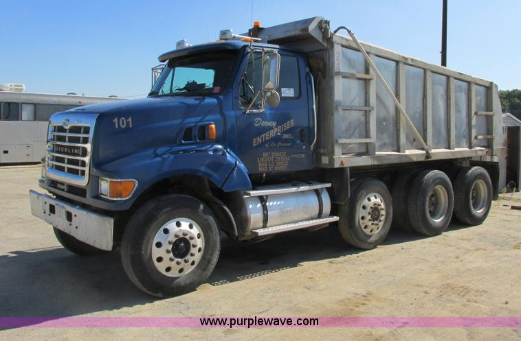 G8949.JPG - 2001 Sterling LT8500 dump truck , 299,702 actual miles , Caterpillar 3126 7 2L L6 diesel engine , Al...