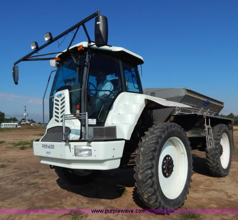 B5885.JPG - 2002 GVM Prowler 1149T dry fertilizer applicator , 2,912 hours on meter , Cummins six cylinder turbo...