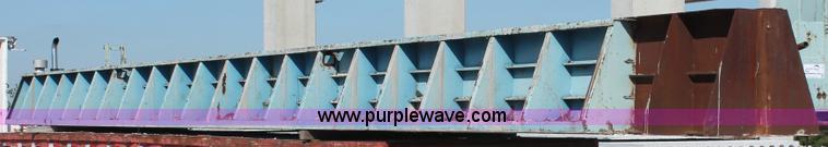 I7790.JPG - Hamilton inverted tee IT beam concrete form bed , Self stressing , 50L , 29 quot W , 12 quot ledges ...