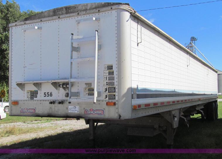 G2137.JPG - 1998 Wilson DWH 400 hopper bottom trailer , 43L x 96 quot W , 66 quot H sides , Shur Lok rollover ta...