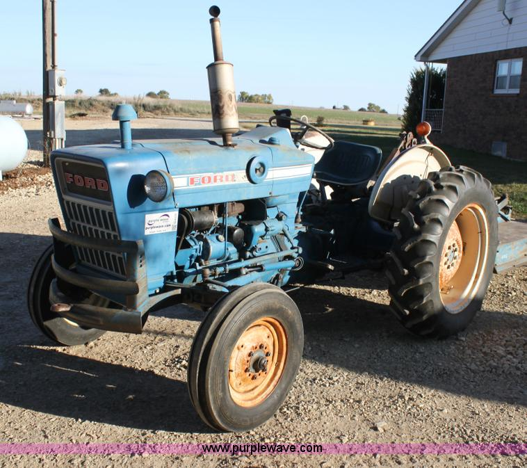 Ford 2000 Tractor 3 Cylinder : Ford tractor no reserve auction on wednesday