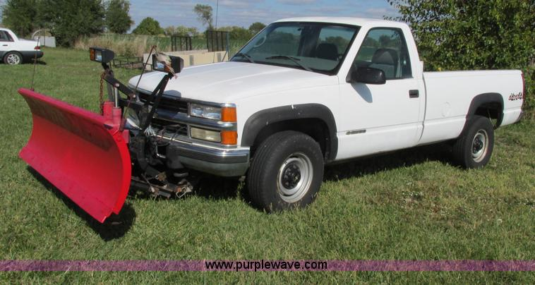 F5323.JPG - 1999 Chevrolet 2500 pickup truck , 197,531 miles on odometer , Actual mileage unknown , 6 5L V8 OHV ...