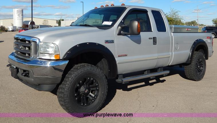 H9634.JPG - 2004 Ford F350 Super Duty Lariat FX4 Off Road pickup truck , 155,325 miles on odometer , 6 0L V8 OHV...