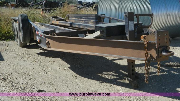 AZ9156.JPG - 2008 Belshe triple axle trailer , 31L , 23L landing deck , 4 x 18 quot folding ramps , 105 quot W ou...