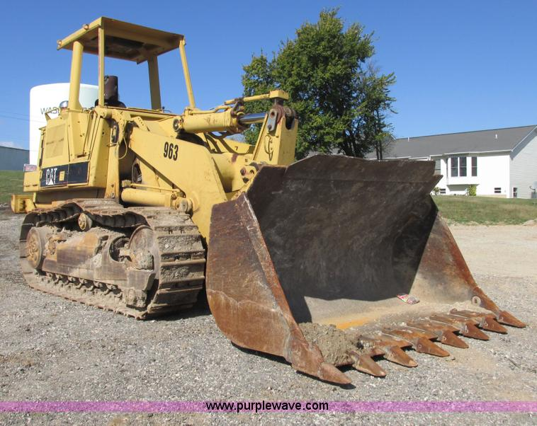 E7429.JPG - Caterpillar 963 track loader , Caterpillar 3304 four cylinder diesel engine , Serial 07704323 , Hydr...