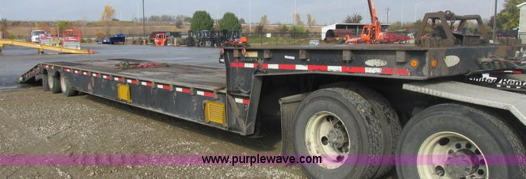 AN9149.JPG - 2008 Ledwell LW48HT2 10 PB Hydratail trailer , 48L x 102 quot W , Braden winch , Storage compartment...