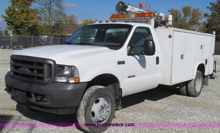 G2168.JPG - 2004 Ford F550 XL service truck with crane , 127,415 miles on odometer , 6 0L V8 OHV 32V turbo diese...