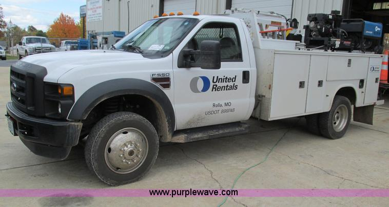 G9397.JPG - 2008 Ford F550 Super Duty service truck with crane , 135,849 miles on odometer , Miles may vary, sti...
