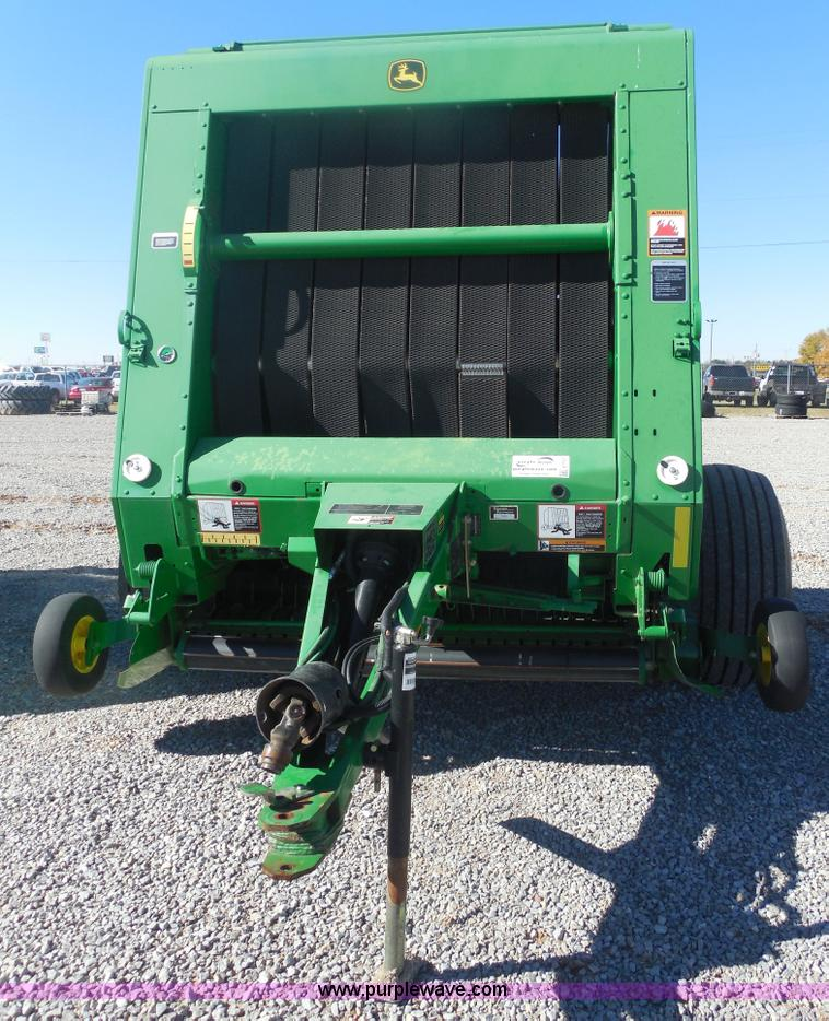 E7737.JPG - 2008 John Deere 568 round baler , 9,558 bales on counter , 5 x 6 bale capacity , Megawide megatooth ...