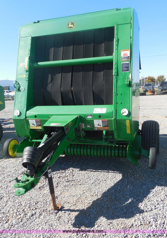 F3261.JPG - 2002 John Deere 567 round baler , 5,064 bales on counter , 6 bale capacity , Megatooth pickup , 61 q...