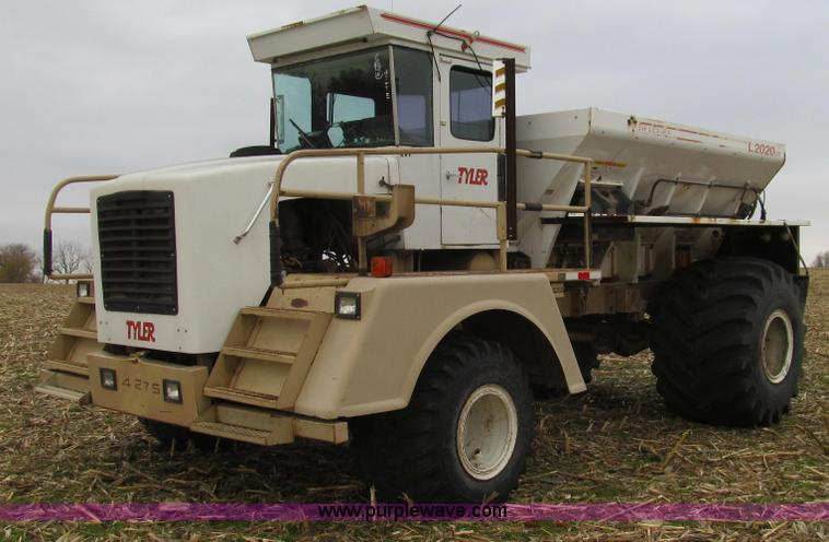 G2176.JPG - 1993 Tyler 4275 dry fertilizer spreader truck , 89,165 miles on odometer , 8,481 hours on meter , Ca...