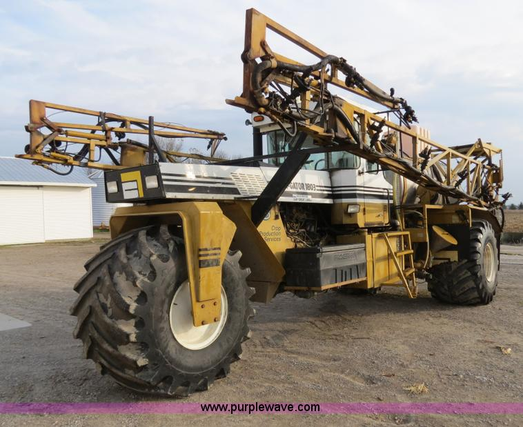 B4816.JPG - 1995 Ag Chem TerraGator 1803 liquid applicator floater , 50,596 miles on odometer , 5,250 hours on m...