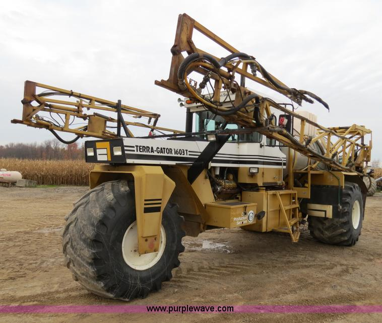 B4818.JPG - 1995 Ag Chem TerraGator 1603T liquid applicator floater , 65,042 miles on odometer , 6,008 hours on ...