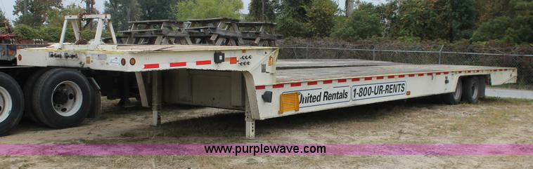 H8406.JPG - 2008 Trail King TK80HT Hydratail trailer , 48L x 102 quot W , 31 main deck , 9 upper deck , 8 hydrau...