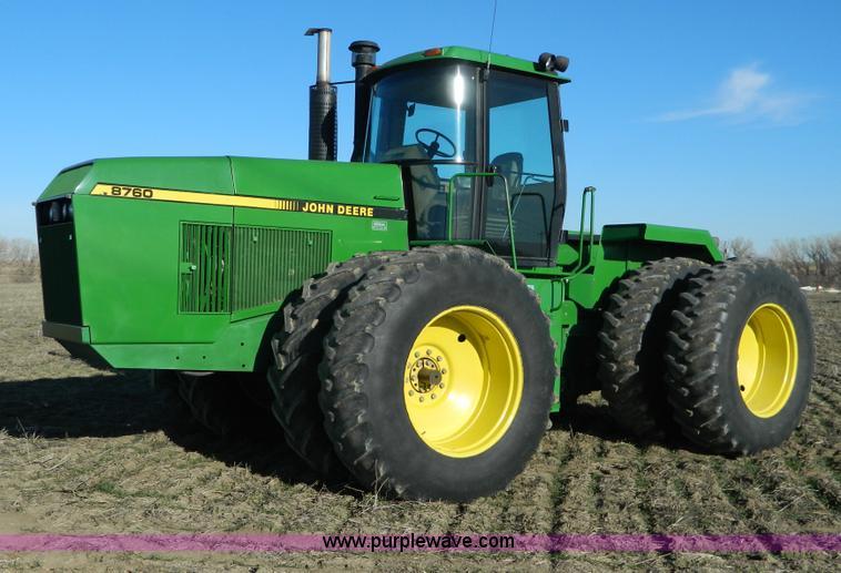 D6072.JPG - 1990 John Deere 8760 4WD tractor , 9,730 hours on meter , John Deere six cylinder diesel engine , Se...