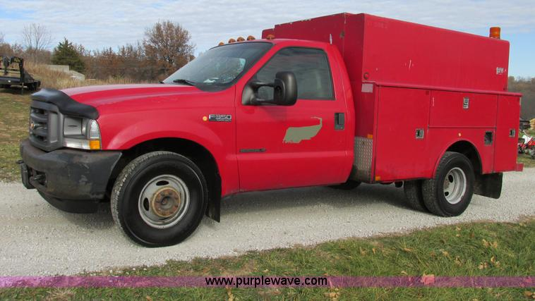 F5425.JPG - 2002 Ford F350 Super Duty XL utility truck , 181,508 actual miles , 7 3L V8 OHV 16V turbo diesel eng...