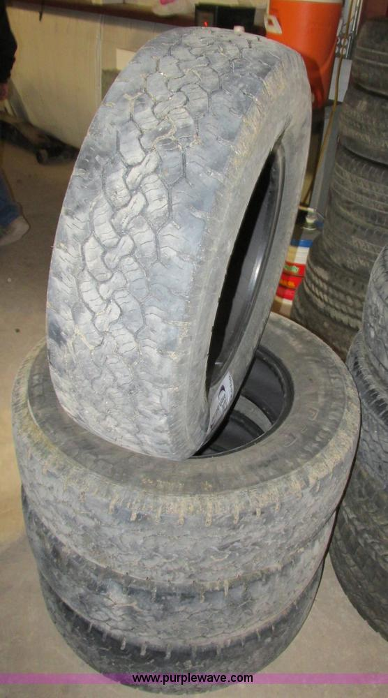 4 bf goodrich rugged trail t a lt 245 75r17 tires no. Black Bedroom Furniture Sets. Home Design Ideas