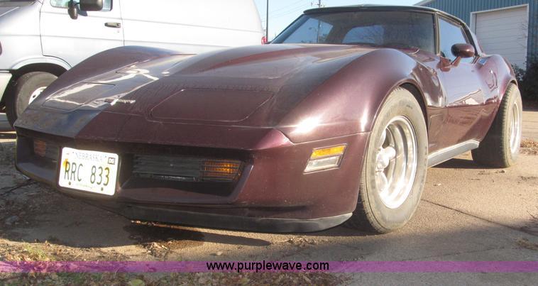 F7195.JPG - 1980 Chevrolet Corvette , 42,383 miles on odometer , 350 C I D V8 gas engine , 190 HP , Edelbrock fo...