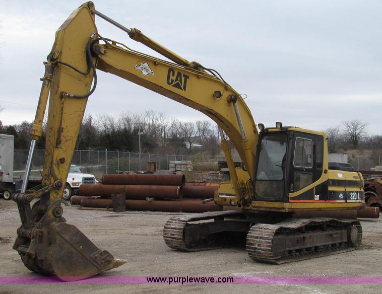 G2193.JPG - 1993 Caterpillar 320L excavator , 6,637 hours on meter , Hours meter replaced at 2,265 hours , 8,892...
