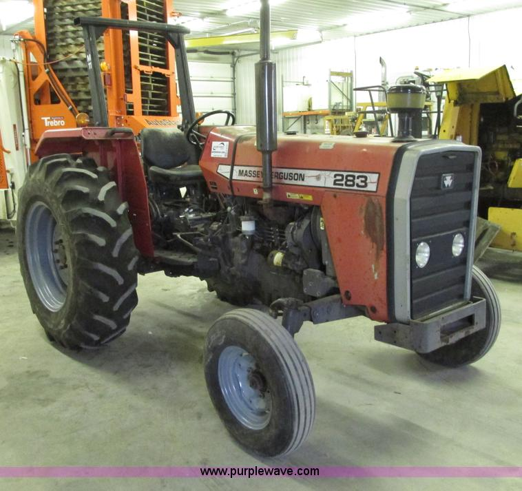 G9187.JPG - 1995 Massey Ferguson 283 tractor , 5,080 hours on meter , Perkins four cylinder diesel engine , 53 H...