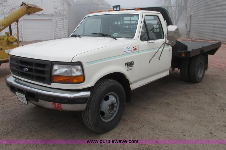 G9191.JPG - 1995 Ford F350 XL flatbed pickup truck , 95,906 actual miles , 7 3L V8 OHV 16V turbo diesel engine ,...