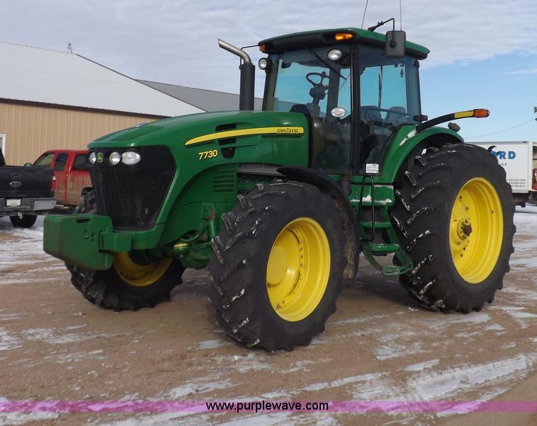 I9241.JPG - 2007 John Deere 7730 MFWD tractor , 3,513 hours on meter , John Deere 6D63HRW64AB six cylinder diese...