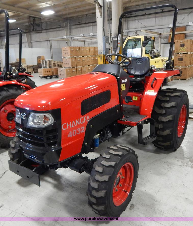 AO9241.JPG - 2012 Changfa 4032 MFWD tractor , 1 3 actual hours , Three cylinder direct injection diesel engine , ...