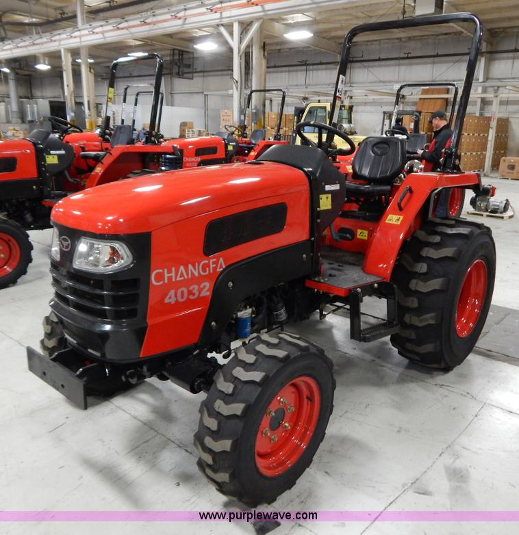 AO9244.JPG - 2012 Changfa 4032 MFWD tractor , 0 hours on meter , Three cylinder direct injection diesel engine , ...