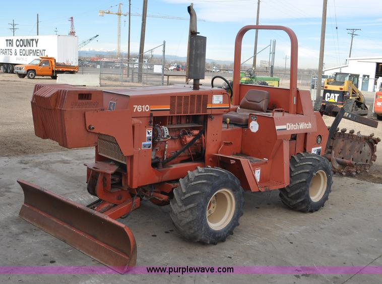 G6352.JPG - 1997 Ditch Witch 7610DD trencher , 1,782 actual hours , Deutz four cylinder diesel engine , Model F4...
