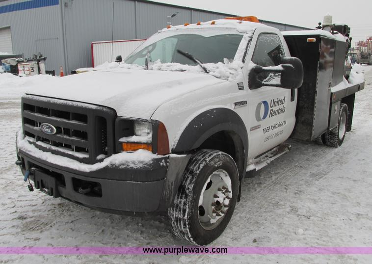 G9180.JPG - 2007 Ford F550 service truck , 91,329 miles on odometer , 6 0L V8 OHV 32V turbo diesel engine , Auto...