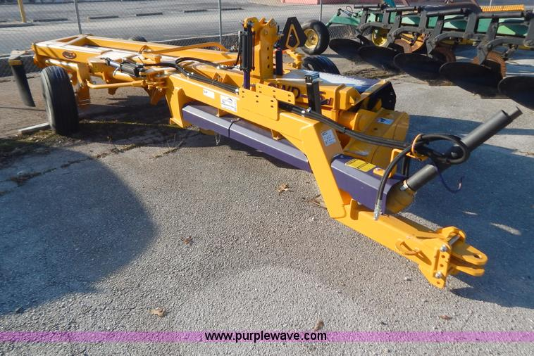 H3836.JPG - 2012 S Houle SWD 15d rock rake , 540 PTO , Front half included , Hydraulic swing tongue , Hydraulic ...
