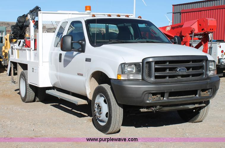 C3673.JPG - 2004 Ford F550 SuperCab utility truck , 182,309 actual miles , 6 0L V8 OHV 32V turbo diesel engine ,...