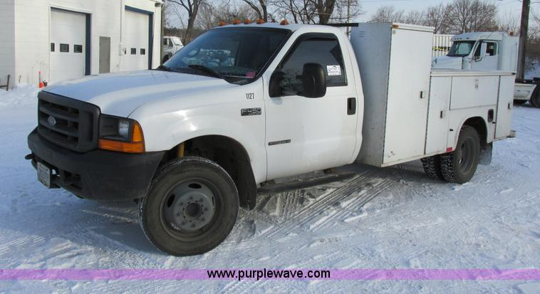 E5246.JPG - 2000 Ford F450 Super Duty utility truck , 200,884 actual miles , 7 3L V8 turbo diesel engine , Six s...