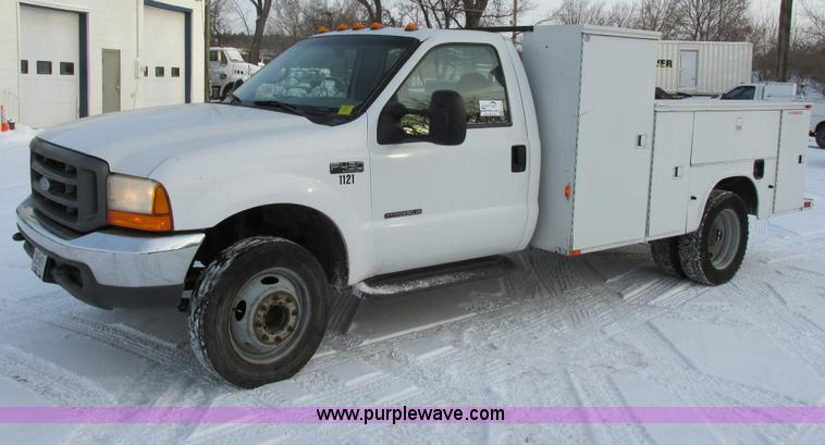 E5251.JPG - 1999 Ford F450 Super Duty XL utility truck , 204,392 actual miles , 7 3L V8 OHV 16V turbo diesel eng...