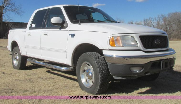 I4935.JPG - 2001 Ford F150 Lariat SuperCrew pickup truck , 282,262 miles on odometer , 5 4L V8 SOHC 16V gas engi...