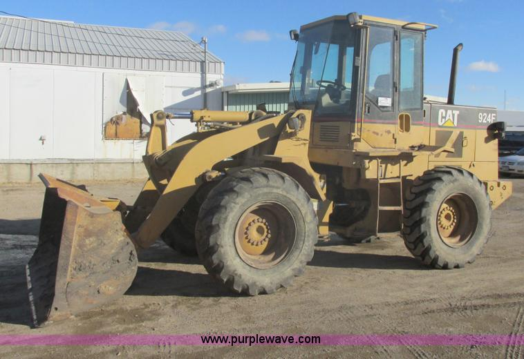 E5264.JPG - 1995 Caterpillar 924F wheel loader , 11,710 hours on meter , Hours may vary, still in use , Caterpil...