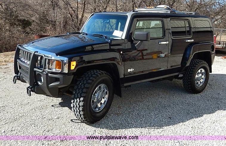 I9415.JPG - 2006 Hummer H3 SUV , 120,129 miles on odometer , 3 5L L5 DOHC 20V gas engine , Automatic transmissio...