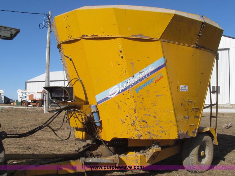 G2226.JPG - Shelbourne Reynolds Powermix popular tub grinder , Single auger , Side delivery , 540 PTO , Hydrauli...