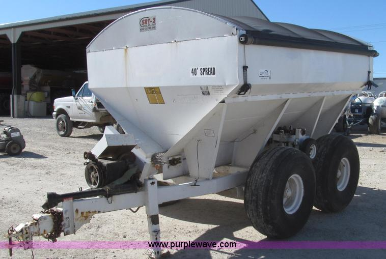 G2228.JPG - Tyler eight ton fertilizer spreader , Pull type , Rollover tarp , Model SRT 2 , Two drive options , ...
