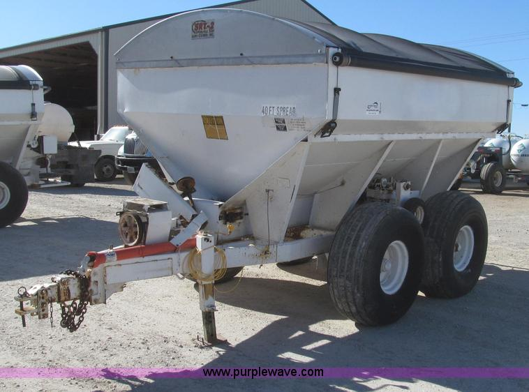 G2229.JPG - Tyler eight ton fertilizer spreader , Pull type , Rollover tarp , Model SRT 2 , Two drive options , ...