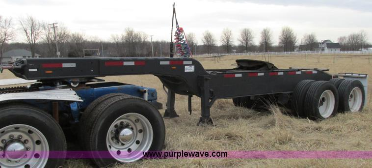 F4855.JPG - 1980 shop built heavy haul jeep trailer , 24 overall length , 102 quot L neck , Sliding fifth wheel ...
